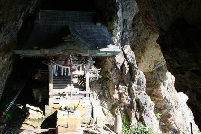 2013-09-22_14.20.14.0_北海道で一番危険な神社-太田山神社_shrine_hokkaido_japan