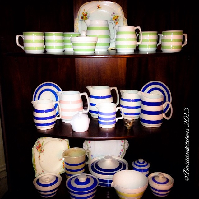 Nov 5 - I collect {Cornishware...& I use it too!} though my cupboard needs a good tidying. #fmsphotoaday #collect #cornishware #green #blue #pink #yellow #titlefx #dishes #vintage