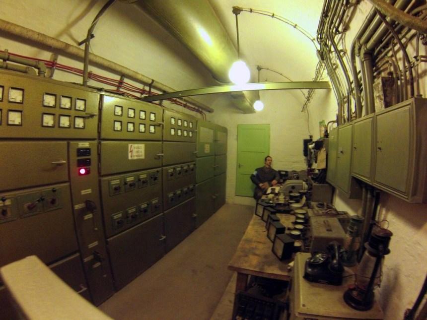 Interior del Hospital en la Roca, Budapest hospital de la roca: el histórico secreto de budapest - 16428239182 df52e7d105 o - Hospital de la roca: el histórico secreto de Budapest