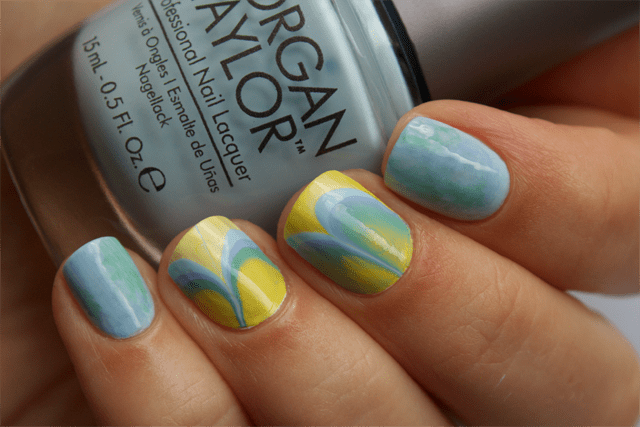 03-water-marble-nails-essie-bikini-so-teeny-morgan-taylor-water-baby