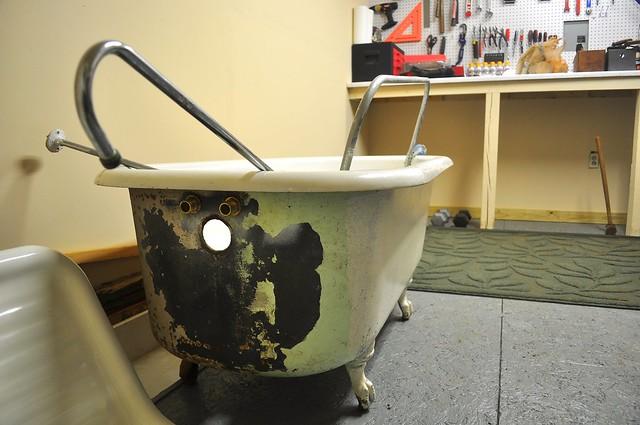 2012-01-09 Clawfoot bathtub strip and prep 02