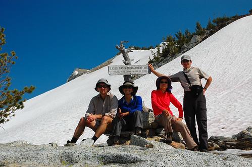 Group photo at the Horton Pass