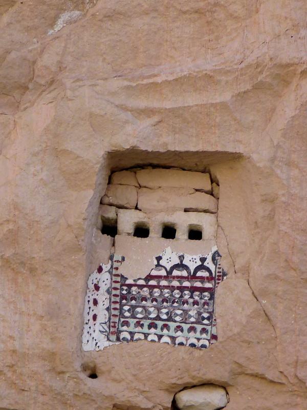 Turquie - jour 21 - Vallées de Cappadoce  - 159 - Çavuşin, Kızıl Çukur (vallée rouge) - Pigeonniers