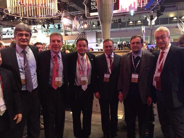 Paulo Abi-Ackel participa de Congresso na Espanha sobre Telecomunicações. Na foto, com os deputados Julio Semeghini, Jorge Bittar, Paulo Henrique Lustosa, Newton Lima e o Senador Walter Pinheiro.
