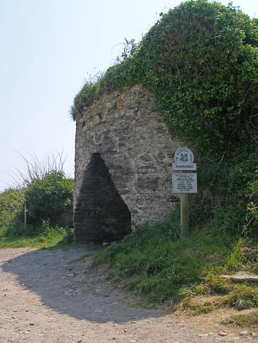 Limekiln at Mansands, Devon