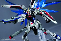 Metal Build Freedom Gundam Prism Coating Ver. Review Tamashii Nation 2012 (98)
