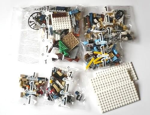 LEGO 10229 Winter Village Cottage pack03