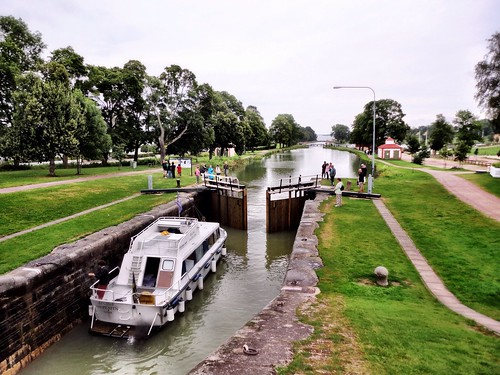 Locks and the canal by SpatzMe