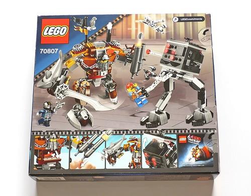 LEGO The Movie 70807 MetalBeard's Duel box02