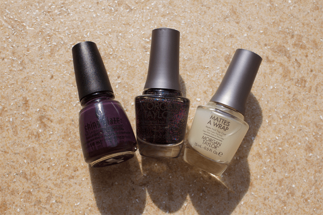 02-sin-nails-china-glaze-charmed-im-sure-morgan-taylor-new-york-state-of-mind