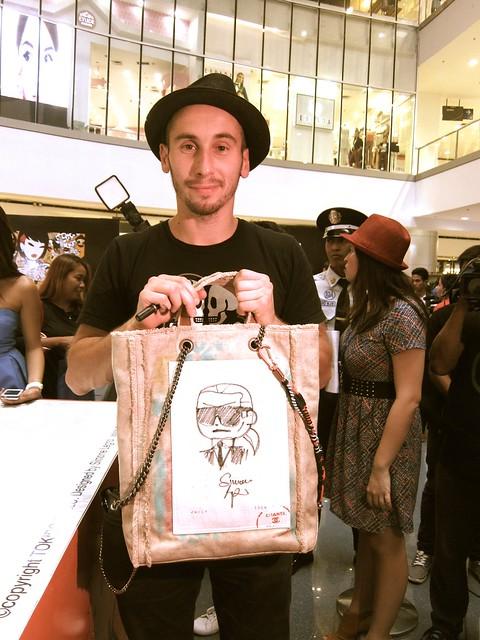 Simone Legno with Chanel bag