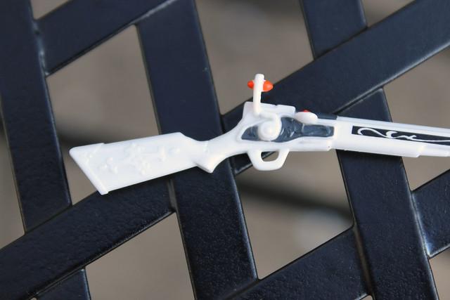 gun close 1
