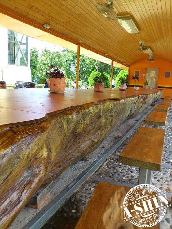 第一酒廠-鐵道之鄉酒莊:火車款休息區