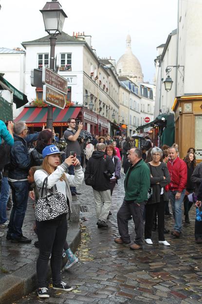 13j26 Montmartre Abbesses 089 variante Uti 415