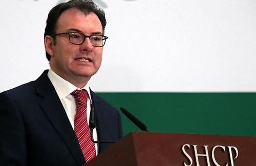 Recorte de 124 mil millones en el gasto de 2015, anuncia Videgaray