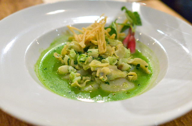 pozole verde of scallops and their tripe (rustic canyon)