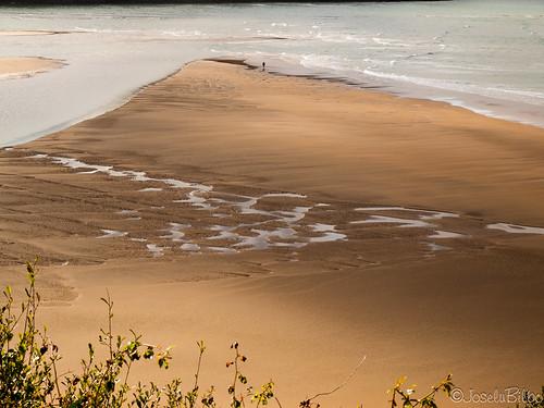 Playa  de Laida. Ría de Gernika. Urdaibai. Bizkaia. by JoseluBilbo.