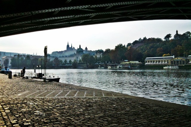 October afternoon by the Vltava (17)