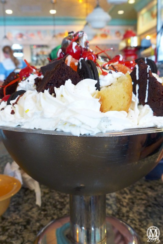 Kitchen Sink at Beaches & Cream, Beach Club