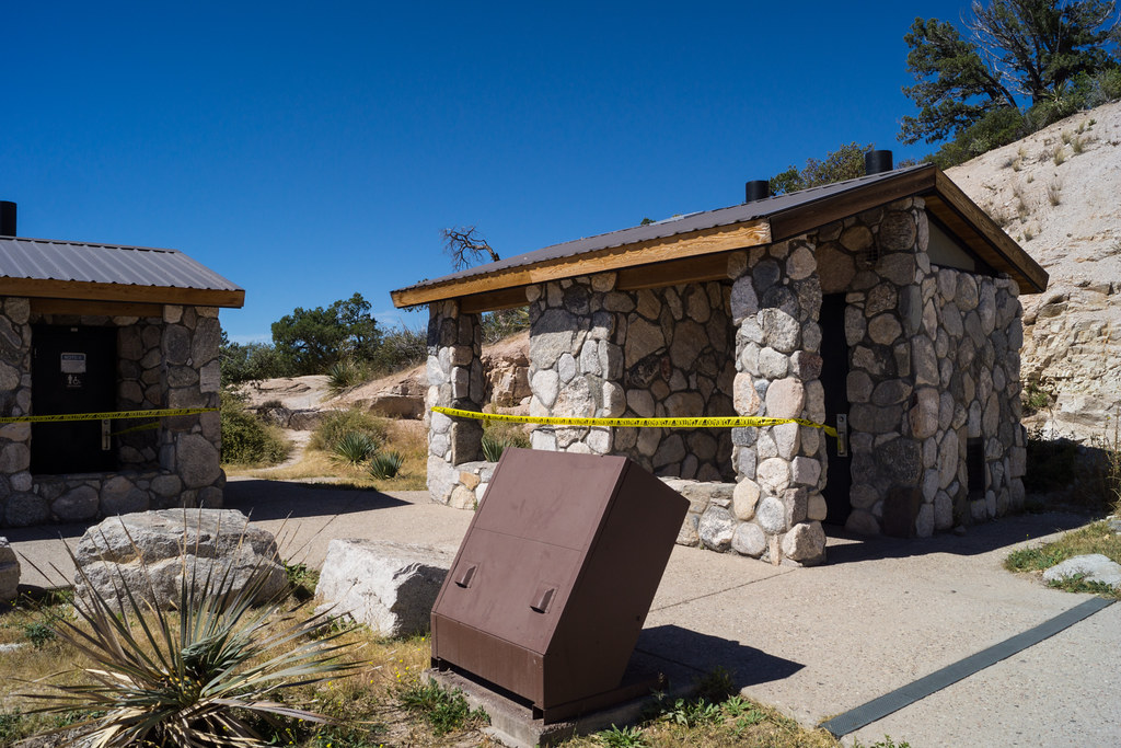 1310 Windy Point Bathrooms Closed
