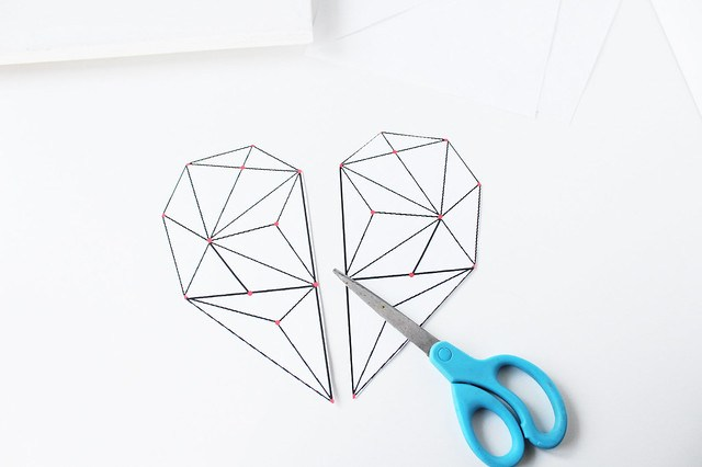 DIY geometric heart string art 02