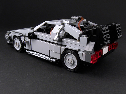 DeLorean - Side View