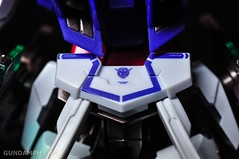 Metal Build 00 Gundam 7 Sword and MB 0 Raiser Review Unboxing (64)