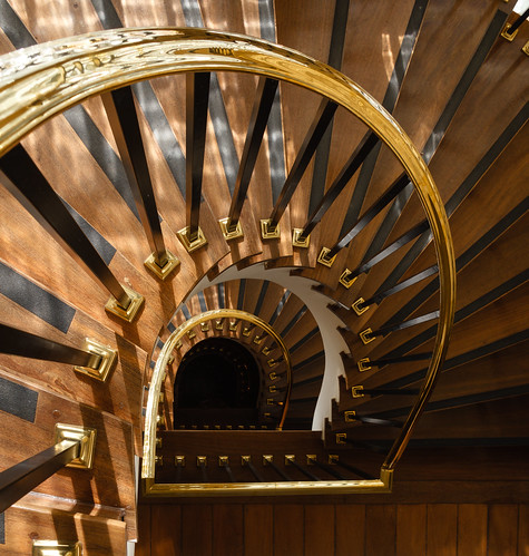 Staircase by Luiz L.