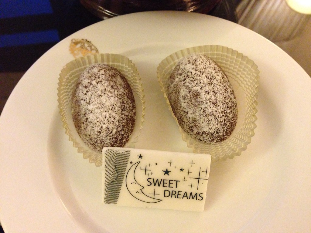Madeleines for Turndown Service