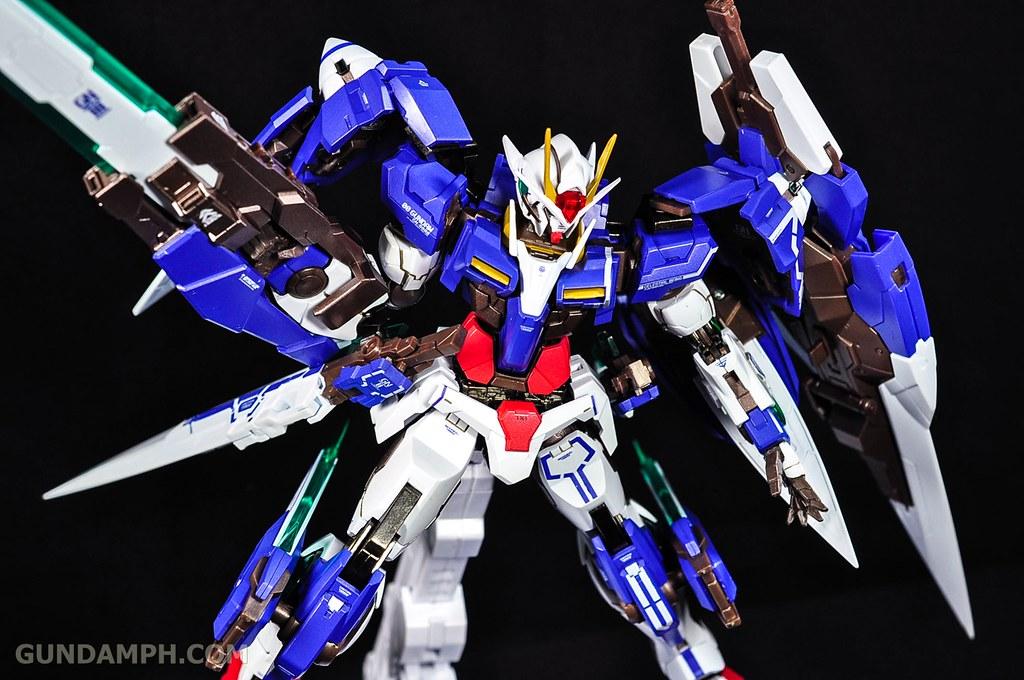 Metal Build 00 Gundam 7 Sword and MB 0 Raiser Review Unboxing (117)