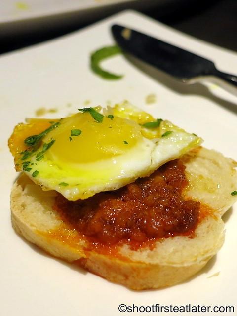 chorizo & eggs P320-001