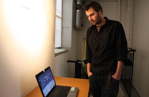 Fabien Guillermont ställer ut i KSM-labbet, Norrköpings stadsmuseum.