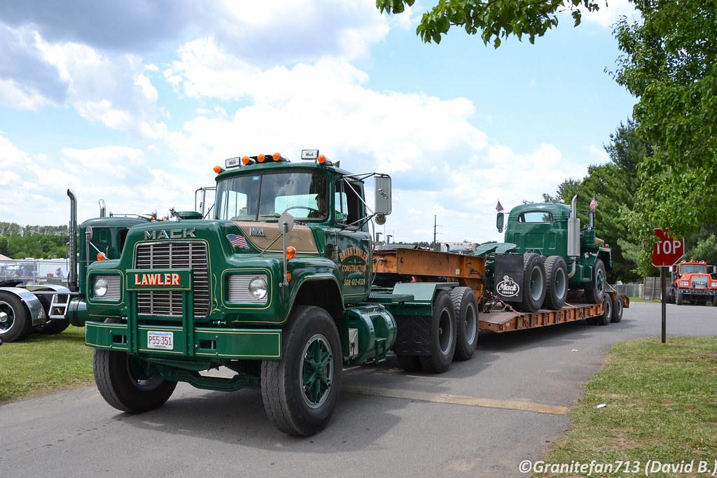 Mack R Model Tractor
