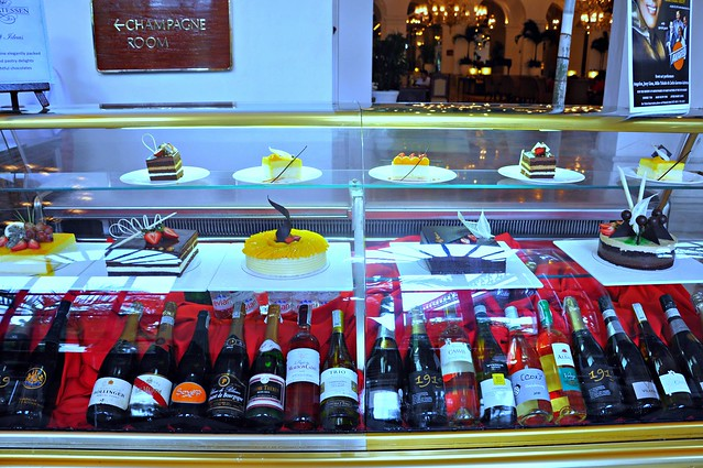 Cakes and Wines