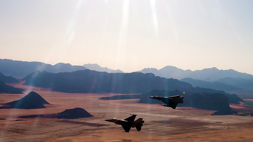 Jordanian F-16 & Pakistani Mirage by Uflinks