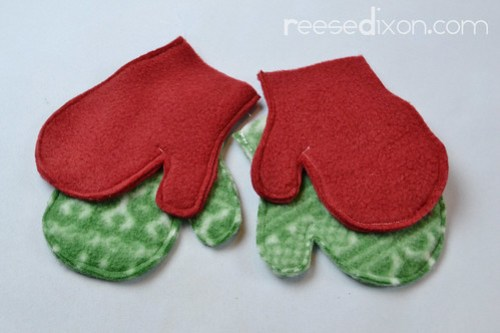 Pair of Mittens Ornament Tutorial Step 2