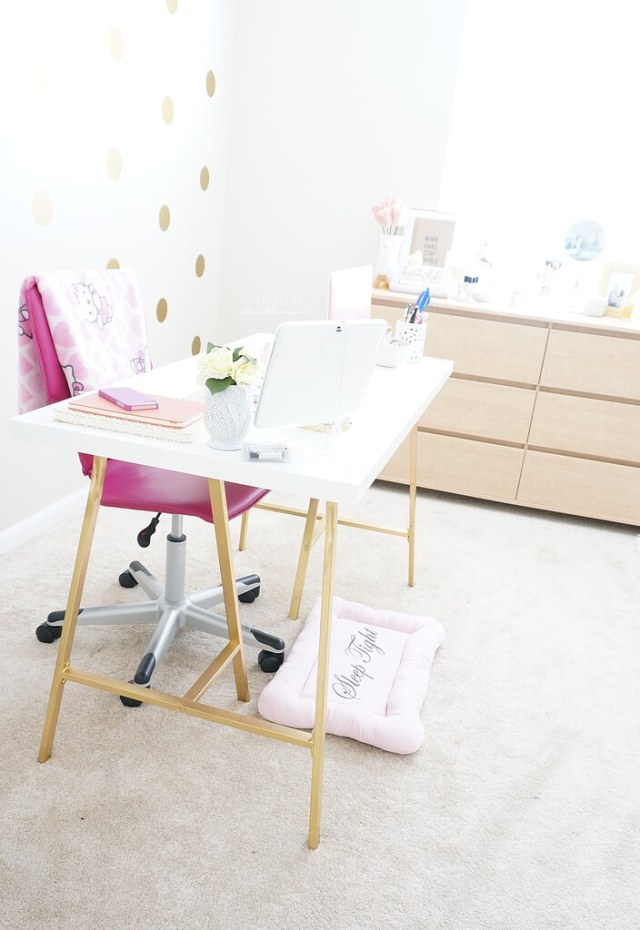 Office & Beauty Room
