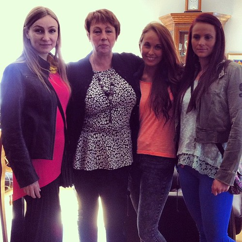 Happy Mothers Day! Me and my sisters are spoiling our wonderful mom today ❤