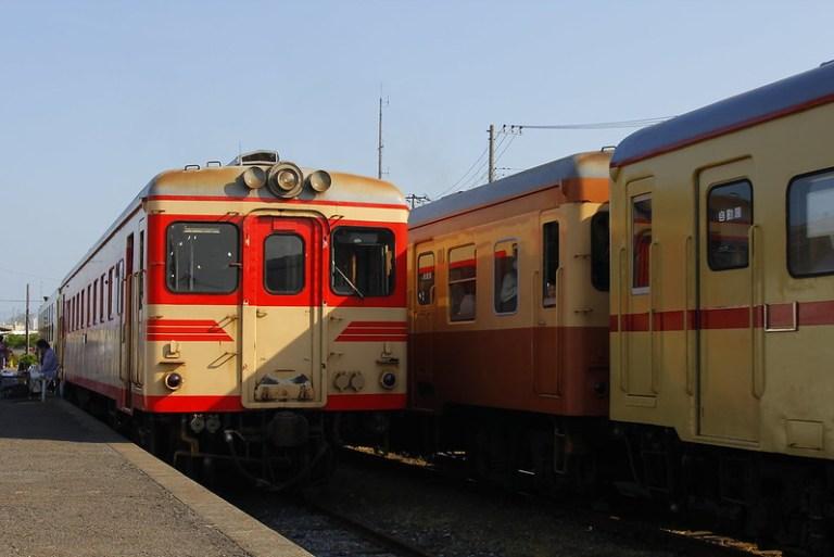Hitachinaka Seaside Railway DC kiha 2005 & kiha 2004+kiha 205