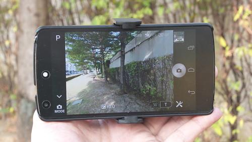 ลองใช้ Sony Cybershot QX-10 ดู