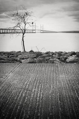 Severn Beach - Severn Bridge by TempusVolat