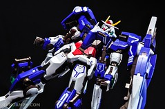 Metal Build 00 Gundam 7 Sword and MB 0 Raiser Review Unboxing (51)