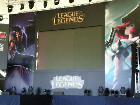 [TLP2K13] Escenario League of Legends