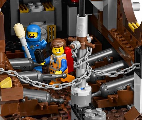 The LEGO Movie 70810 MetalBeard's Sea Cow features 6
