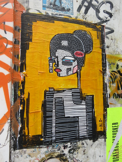 Shoreditch street art - Alo