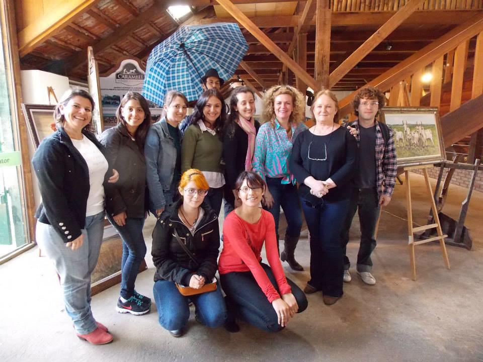 Acadêmicos de Artes Visuais da UEPG participam de oficina no Parque