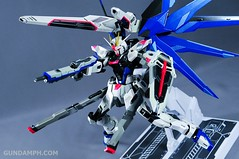 Metal Build Freedom Gundam Prism Coating Ver. Review Tamashii Nation 2012 (101)