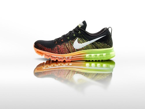 Nike_Flyknit_Air_Max_mens_profile_24221