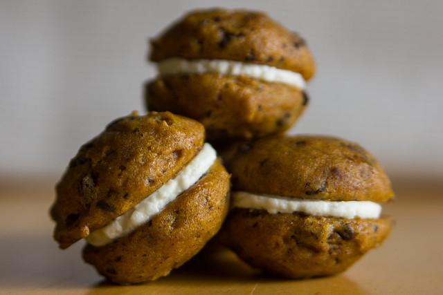 Pumpkin Chocolate Chip Mini Cakes