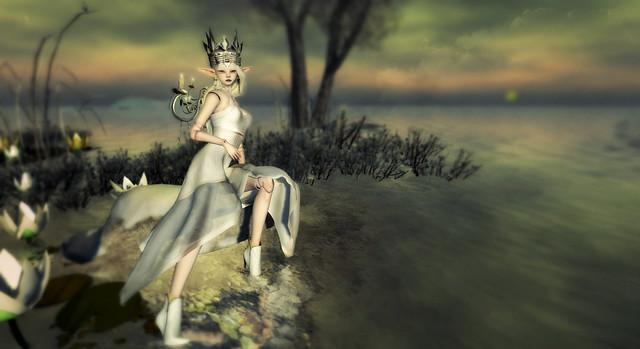 Chandelier Queen